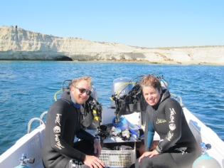 Two happy divers!