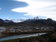 The town of El Chalten in the valley below the mountains