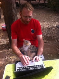 The campsite in Mendoza was a comfortable place to stay for a few days, with good internet across the site, even if the cat tried her best to help