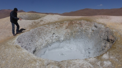 Mud pools at Sol de Manaña