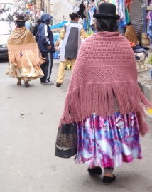 YVD blog 20 image - cholitas in La Paz-166-November 30, 2015