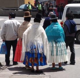 YVD blog 20 image - cholitas in La Paz-168-December 12, 2015