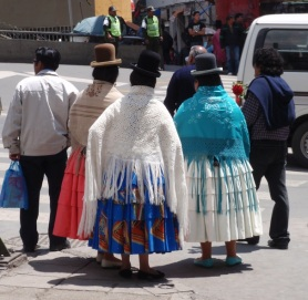 YVD blog 20 image - cholitas in La Paz-168-December 12, 2015